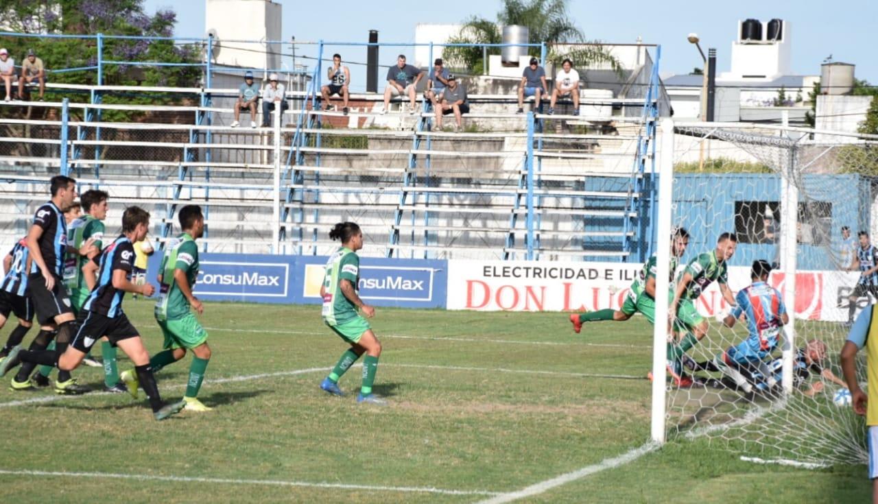 Federal A: con gol de Zbrun, Unión salvó un punto en Gualeguaychú - El Eco de Sunchales